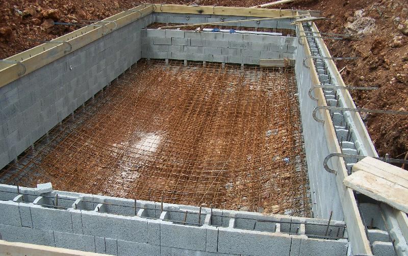 R alisations celentano maconnerie construction piscine for Piscine construction