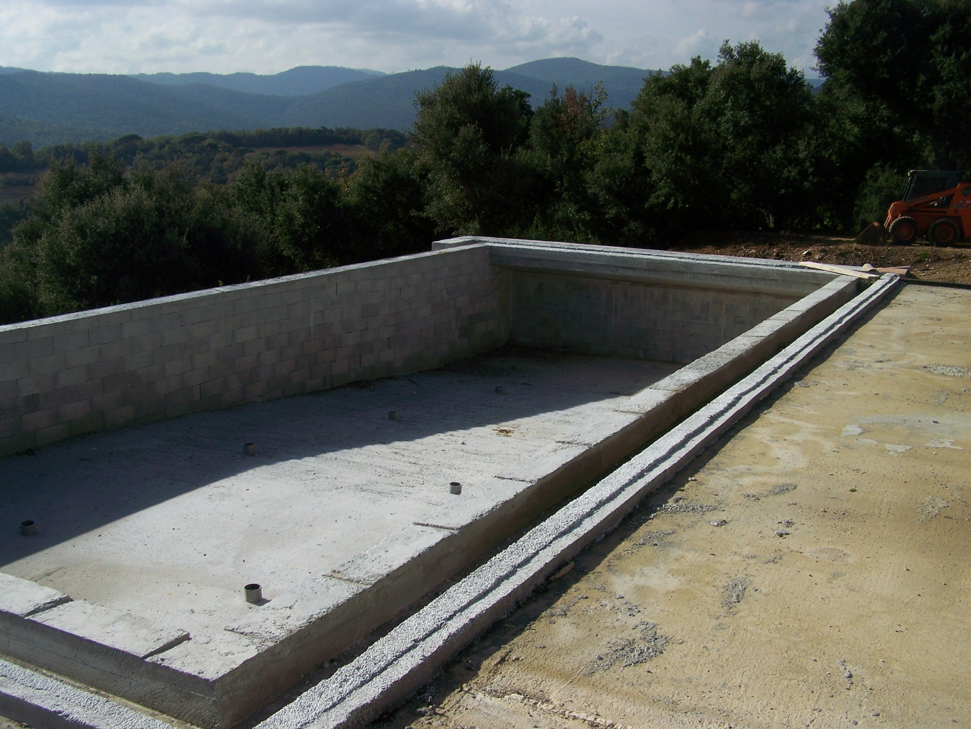 Grimaud var for Piscine miroir plan