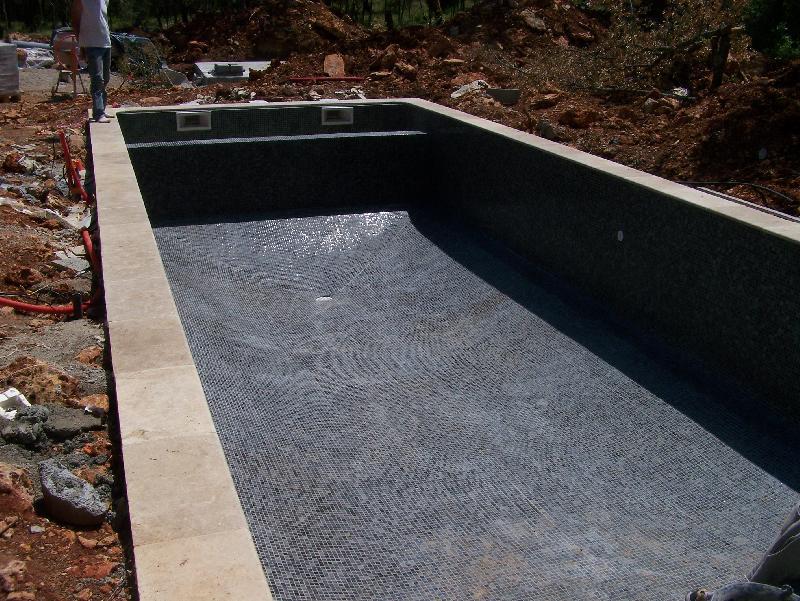 Réalisations Celentano Maconnerie : Construction piscine Thoronet var