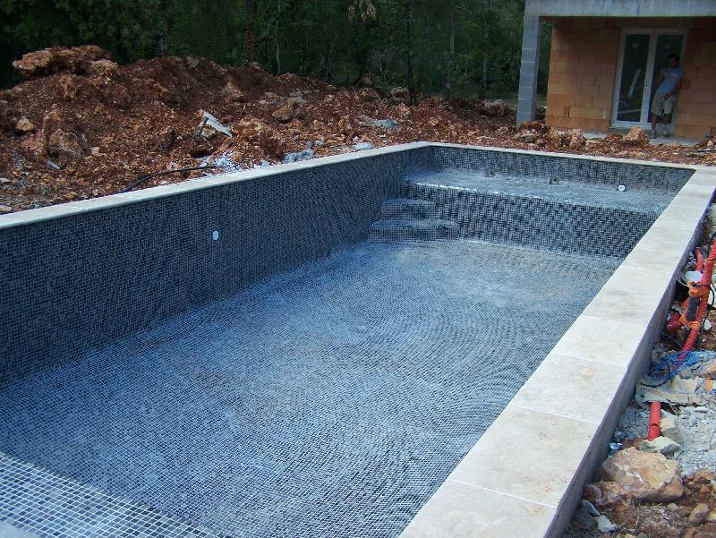 R alisations celentano maconnerie construction piscine for Prix construction piscine var