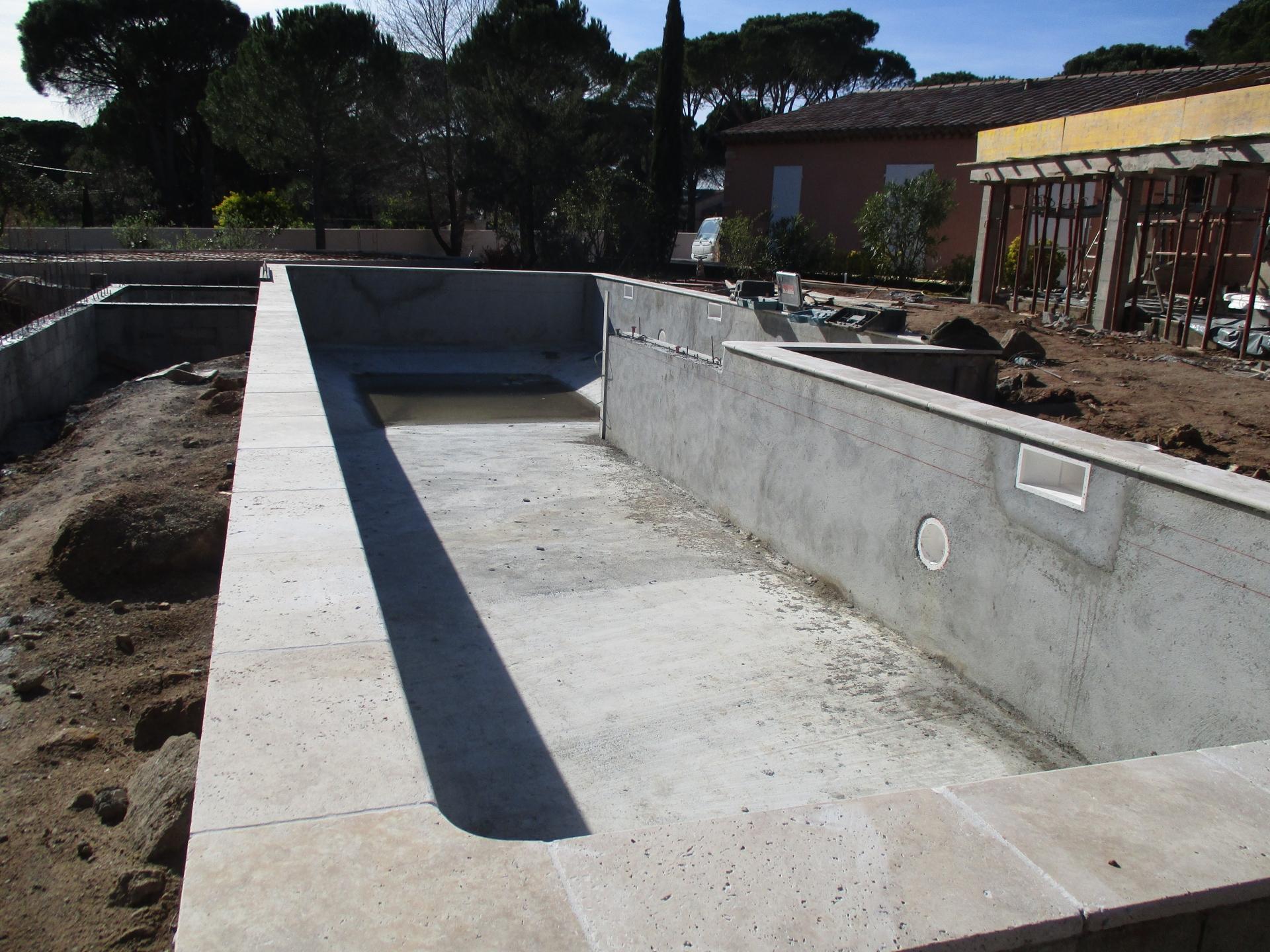R alisations celentano maconnerie construction piscine for Construction piscine 82